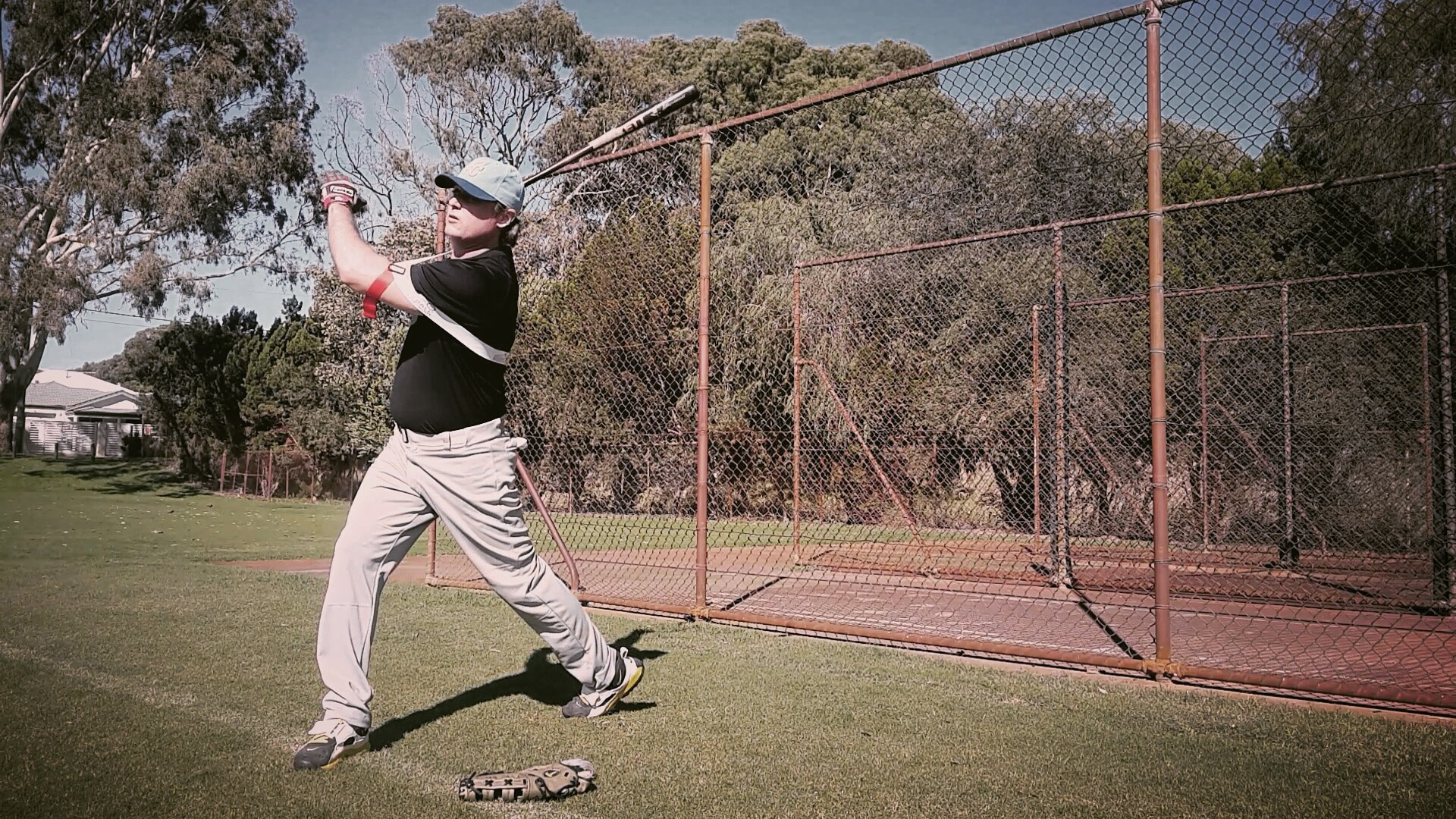 Exoprecise resistance increases strength and speed in your power baseball muscles, taking batting practice as usual, strengthening shoulders, back and abs